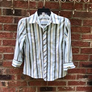 Size Small- Old Navy 3/4 Cuffed Sleeve Blouse
